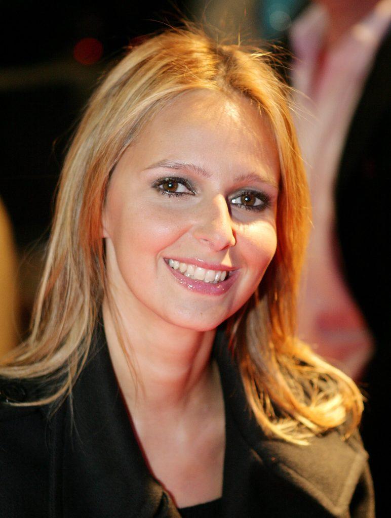 Isabelle Adam4
